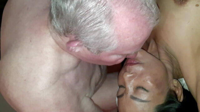 Squirt Crazy squirting bukkake facesitting