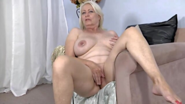 Angelique.. gilf granny mature